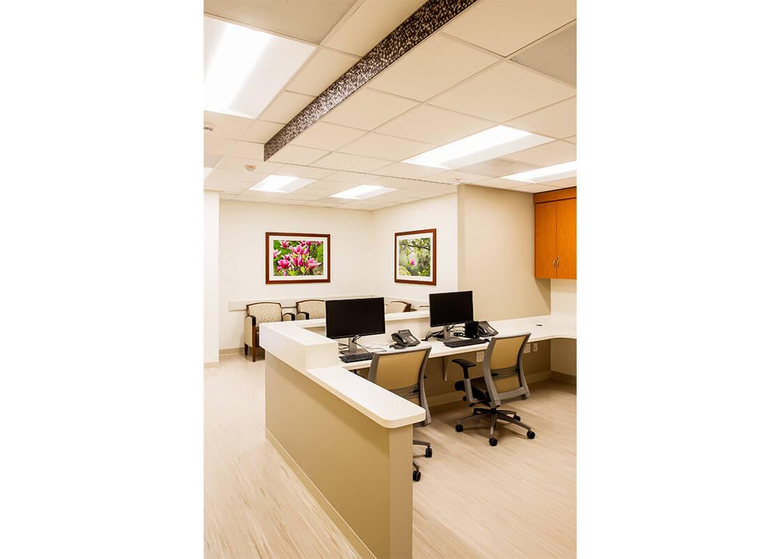 medical-center-Front-Desk-design