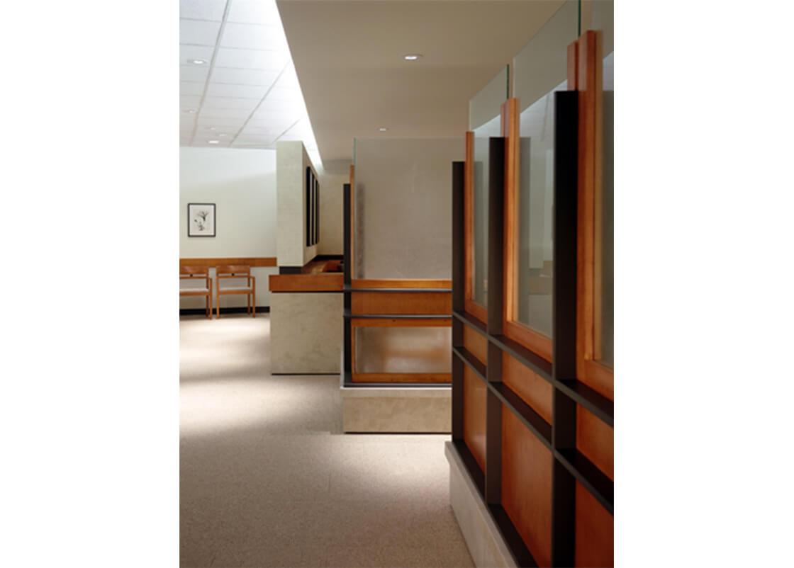 medical-center-corridor-design