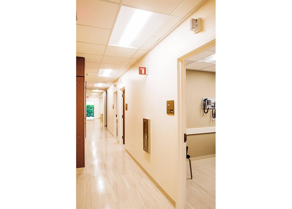 medical-center-hllway-design